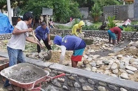 DPRKP2 Pemkab Luwu Utara Bedah Rumah