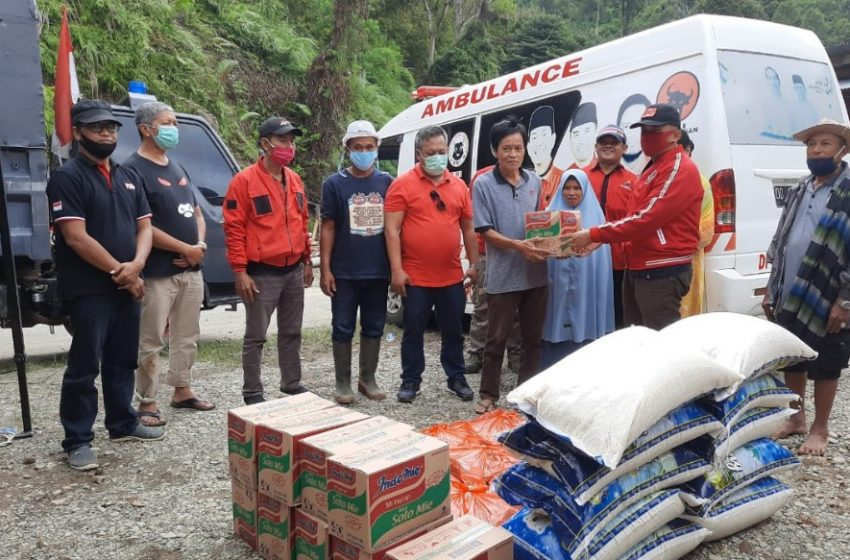 PDIP Kota Palopo Salurkan Bantuan ke Korban Longsor Battang Barat