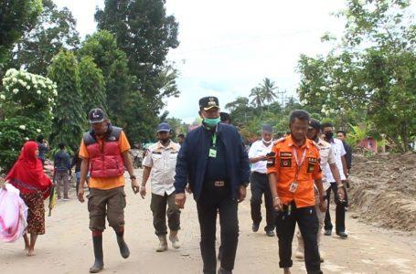 Bupati Luwu Kunjungi Lokasi Banjir Bandang Luwu Utara