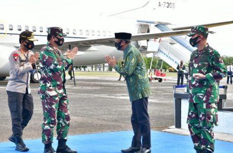 Gubernur Sulsel Sambut Kapolri dan Panglima TNI di Makassar