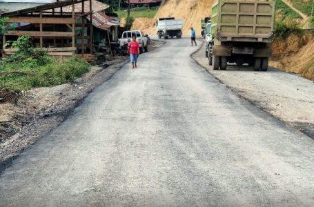Jalan Luwu Toraja sementara proses pengaspalan