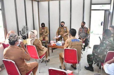Pjs Bupati Luwu Utara rapat bersama Forkopimda terkait Huntara