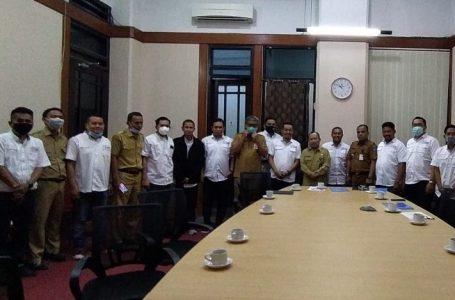 Anggota SMSI Foto bersama usai audiens dengan Pemprov Sulsel