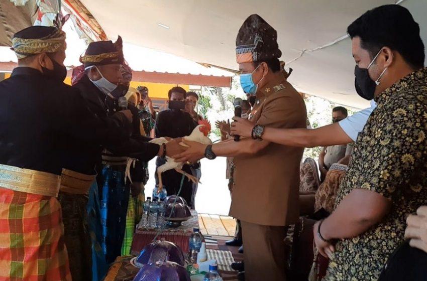 Adat Makawa Siteba Sambut Bupati Luwu di Kegiatan Koordinasi FPK