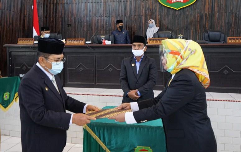 Penandatanganan Nota Kesepakatan Bersama Pemkot dan DPRD Kota Palopo