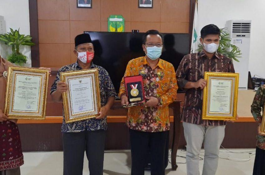 Forum KKS Luwu Raih 4 Penghargaan Ajang STBM 2020