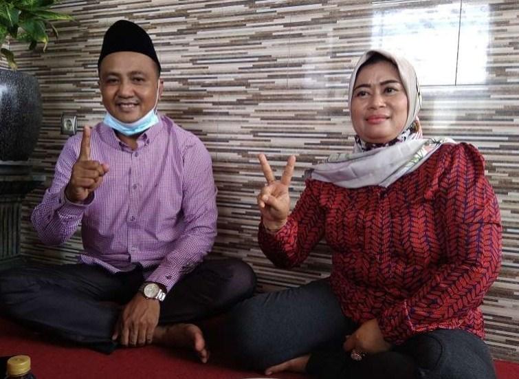 Suami dan Isteri Berebut Kursi Kepala Desa