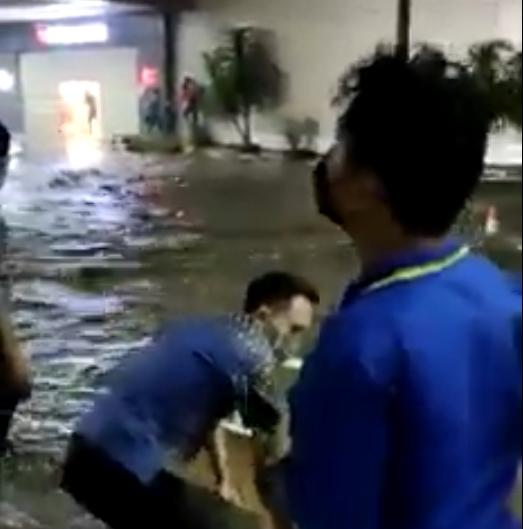 Viral !!! Video Manado Town Square Diterjang Banjir, Humas Polda Sulut: Diduga Akibat Cuaca Ekstrim