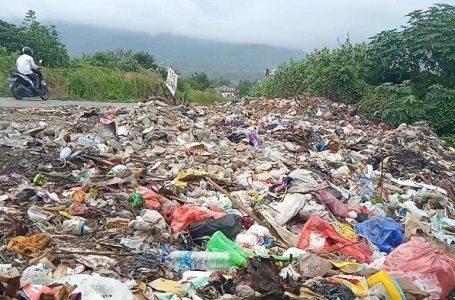 Banyaknya sampah di area likuifaksi balaroa