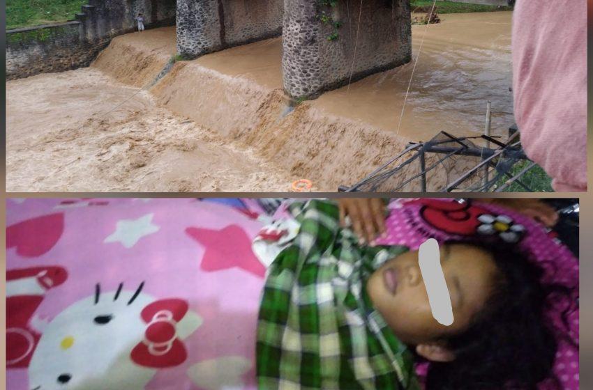 Terseret Banjir, Bocah Perempuan Ditemukan Meninggal Dunia, Dan Satunya Masih Pencarian