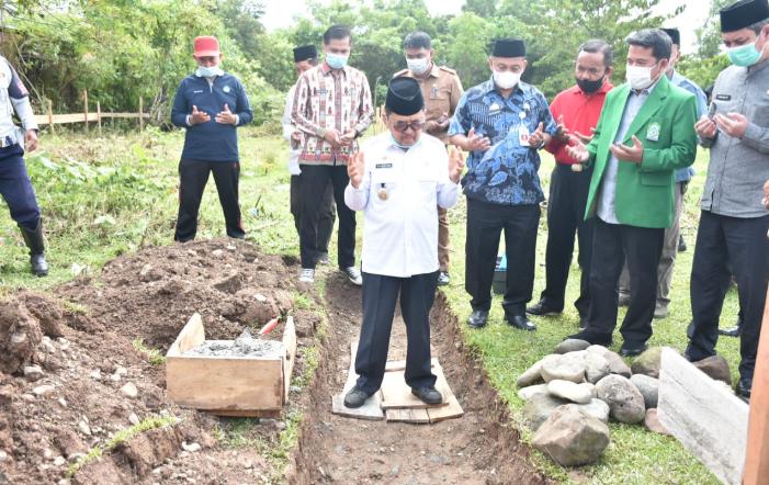 Gedung SMPN 8 Kota Palopo Dibangun, Walikota: Pemerintah Dukung IAIN  Menjadi Universitas