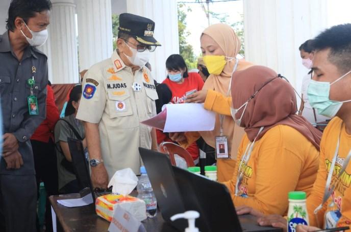 Sejuta Vaksinasi Dalam Rangka HUT Bhayangkara, Walikota Palopo Ingatkan Protokol Kesehatan