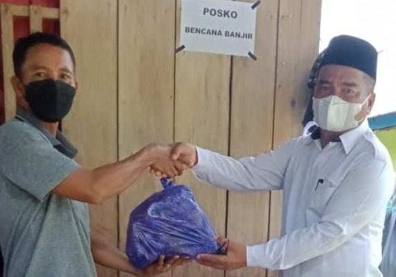 TP-PKK Luwu dan DKISP Salurkan Bantuan ke Desa Sangtandung Walenrang Utara